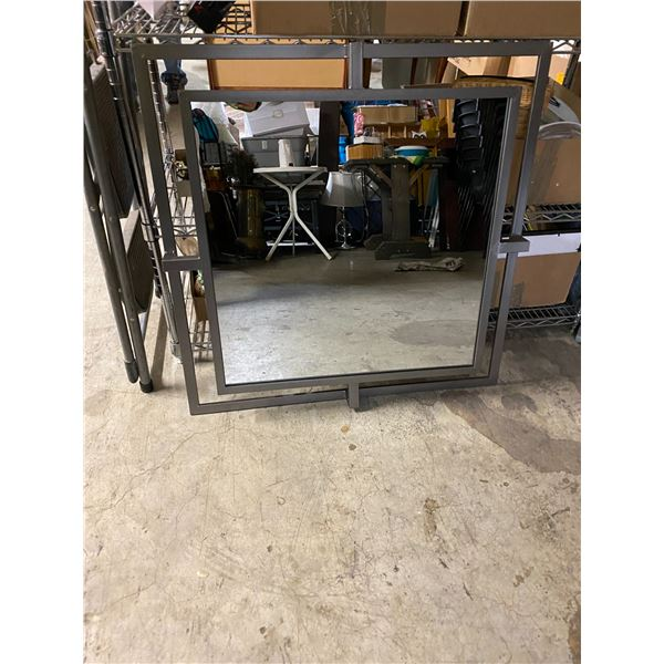 Lot of 10 parson mirrors