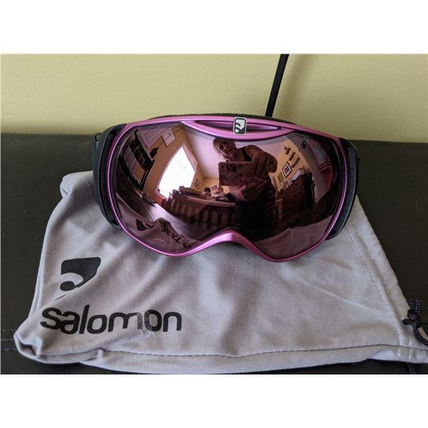 Salomon ski goggles pink