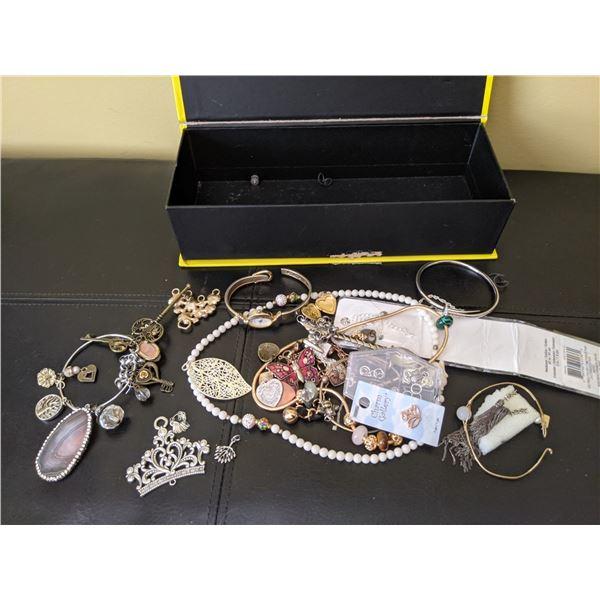 box vintage jewelry