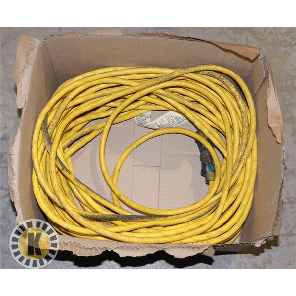 HEAVY DUTY EXTENSION CORD 100 FEET MINT CONDITION