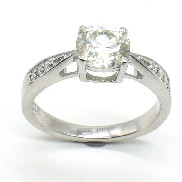 SILVER CERTIFIED MOISSANITE (ROUND 7.5 & 1.5 MM)