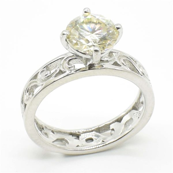 SILVER CERTIFIED MOISSANITE (ROUND 7.50 MM)(1.95CT