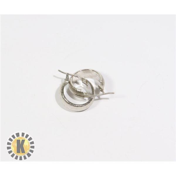 955-103 SILVER TONE SMALL HOOP EARRINGS