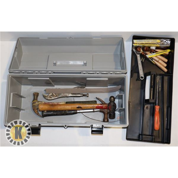 ESTATE TOOL BOX- WITH CARVING TOOLS