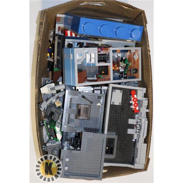 ESTATE LARGE BOX OF LEGO