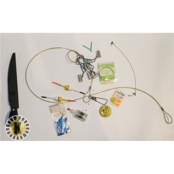 BAG OF FISHING ACCESSORIES