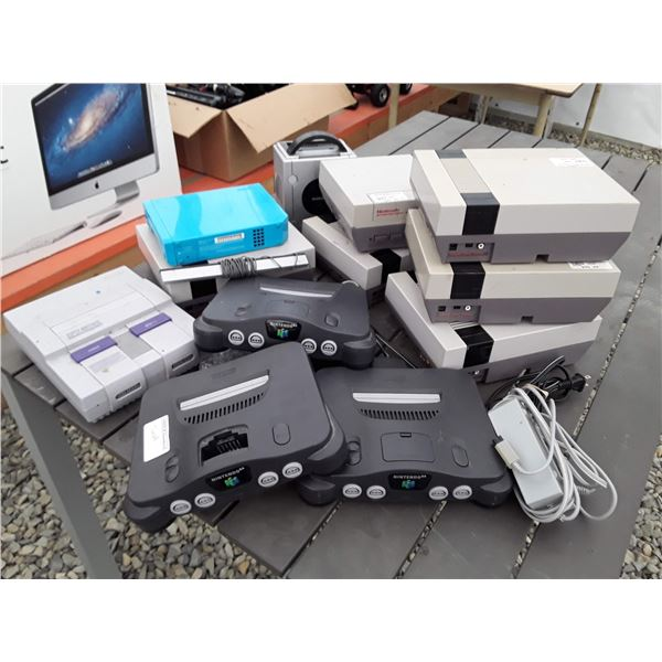 Lot of Nintendo Gaming consoles