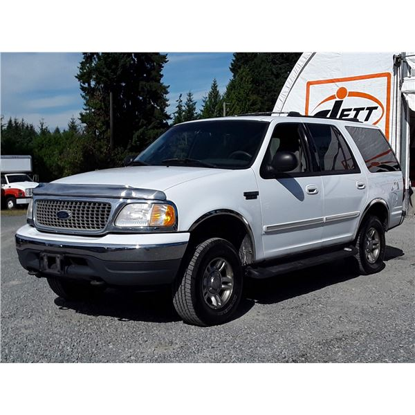 A12E --  2001 FORD EXPEDITION XLT 4X4  , White , 330025  KM's