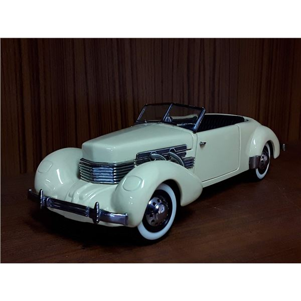 Vintage Franklin Mint Precision Models 1937 Cord 812 Phaeton Coupe Die Cast Made in 1989