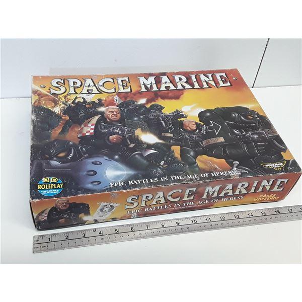 """Vintage Warhammer 40k/Games Workshop Boardgame """"Space Marine"""""""