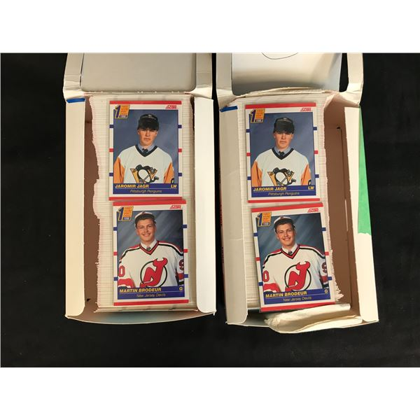 1990 SCORE HOCKEY CARD LOT