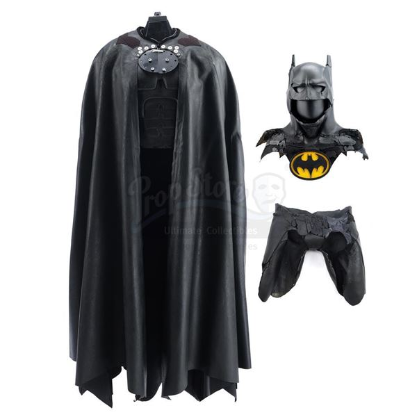 Lot # 34: BATMAN RETURNS (1992) - Batman's (Michael Keaton) Batsuit Components
