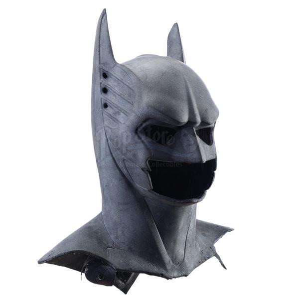 Lot # 37: BATMAN FOREVER (1995) - Batman's (Val Kilmer) Sonar-Suit Batcowl