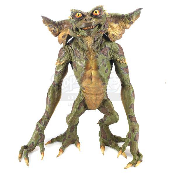 Lot # 98: GREMLINS 2: THE NEW BATCH (1990) - Green Full-Body Gremlin Puppet