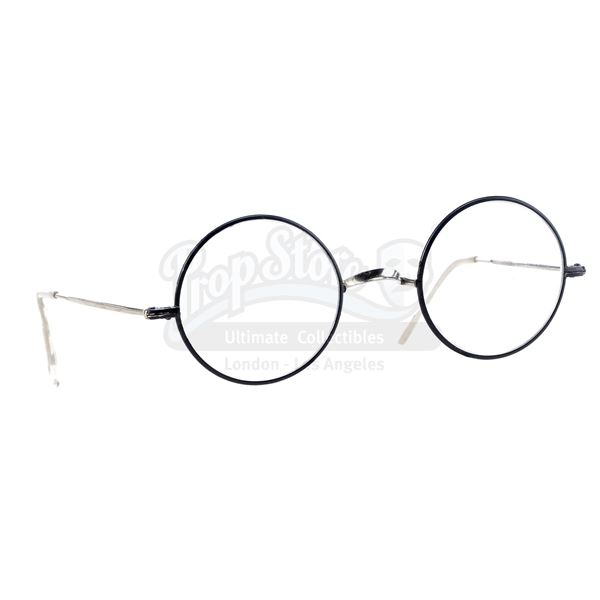 Lot # 103: HARRY POTTER AND THE DEATHLY HALLOWS: PARTS 1 AND 2 (2010/2011) - Harry Potter's Eyeglass