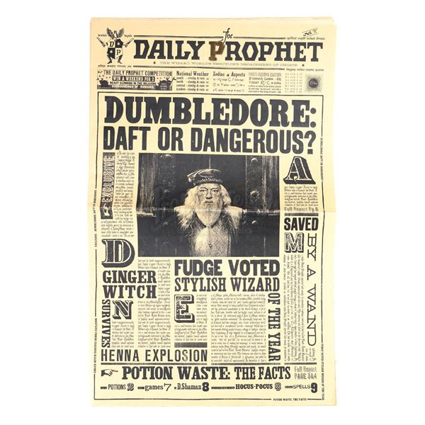 """Lot # 107: HARRY POTTER AND THE ORDER OF THE PHOENIX (2007) - """"Dumbledore Daft or Dangerous"""" Daily P"""