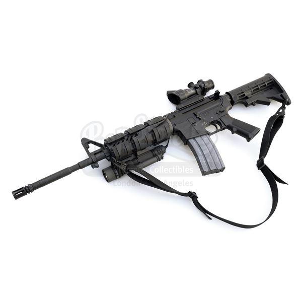 Lot # 123: I AM LEGEND (2007) - Robert Neville's (Will Smith) Hero Blank-Firing M4 Rifle
