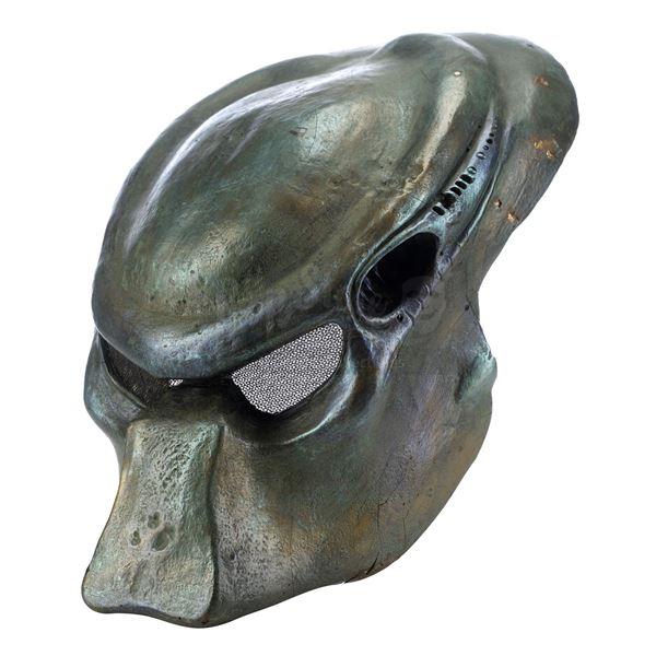 Lot # 210: PREDATOR 2 (1990) - Production-Made Predator Bio-Mask