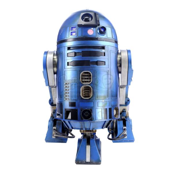Lot # 344: STAR WARS - EP IX - THE RISE OF SKYWALKER (2019) - R2-SHP Light-up Remote Control Droid