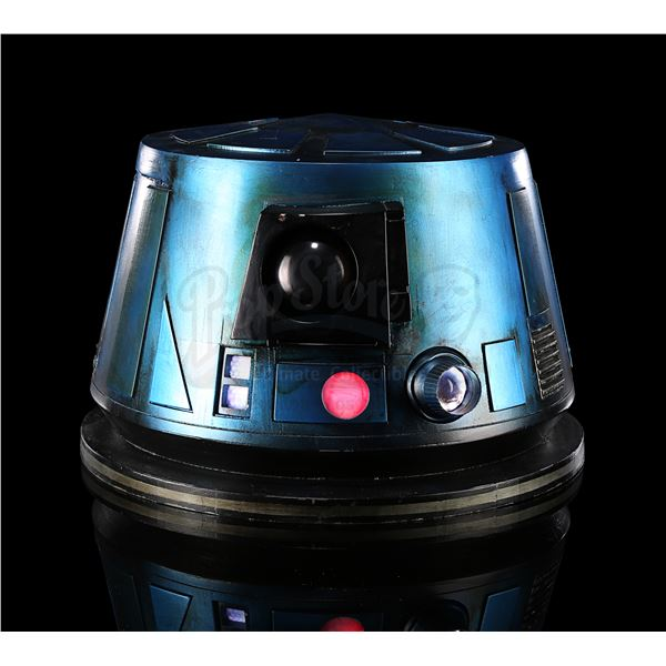 Lot # 345: STAR WARS - EP IX - THE RISE OF SKYWALKER (2019) - Light-up R6-LE5 Dome