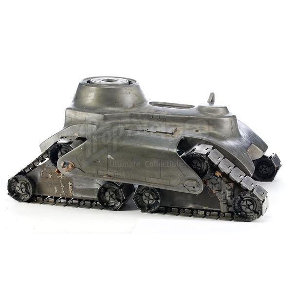Lot # 371: THE TERMINATOR (1984) - Prototype Hunter-Killer Tank Base Model Miniature