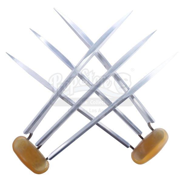 Lot # 438: THE WOLVERINE (2013) - Wolverine's (Hugh Jackman) Aluminum Claws