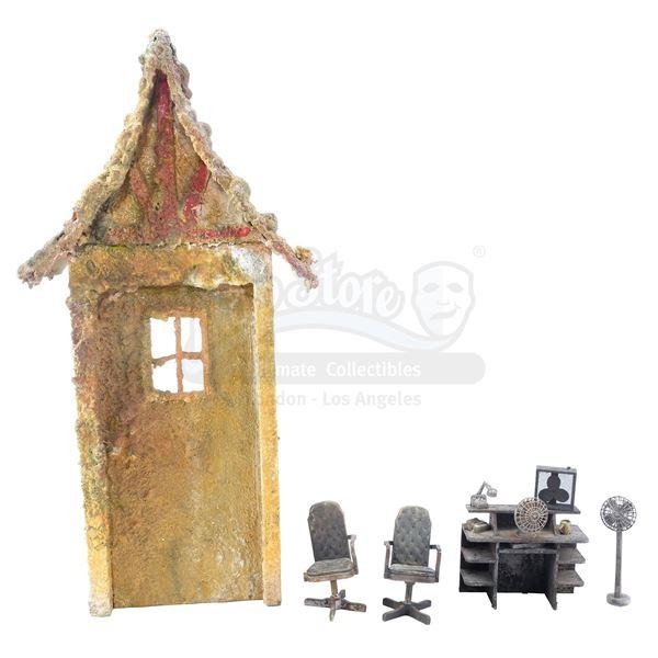Lot # 447: A.I. ARTIFICIAL INTELLIGENCE (2001) - Model Miniatures