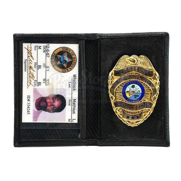 Lot # 945: OUT OF TIME (2003) - Mathius Whitlock's (Denzel Washington) Police Badge and Photo ID Wal