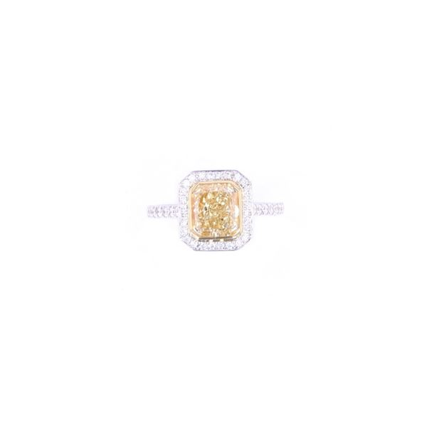 RARE Fancy Yellow Diamond 2.02ct 18k Gold Ring