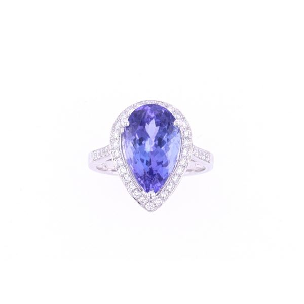 FLAWLESS 5.08 Carat Tanzanite & Diamond Gold Ring