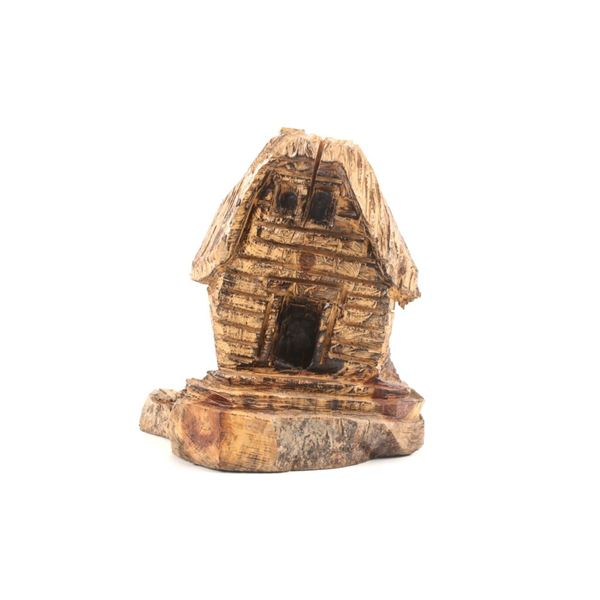 Montana Carver Chainsaw Carved Mountain Cabin