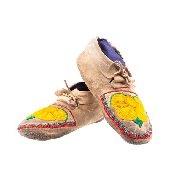 Crow Floral Beaded Moccasins c. 1900-