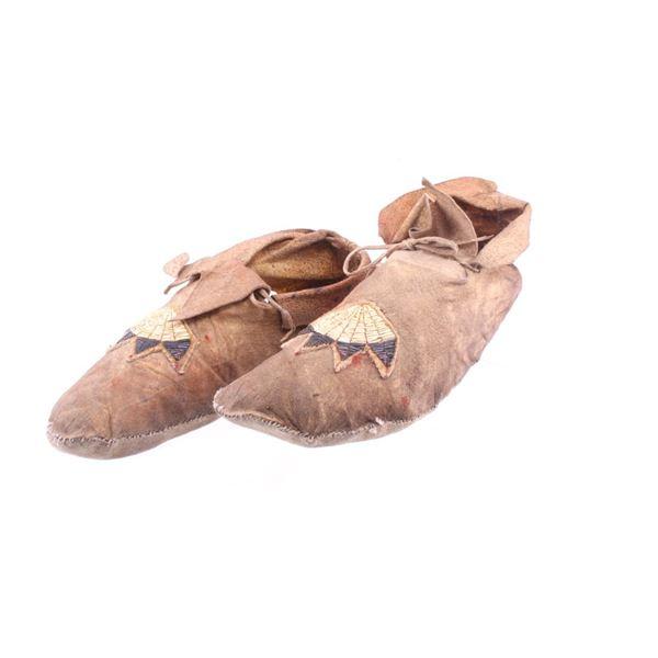 Northern Cheyenne Quilled Mocassins c. 1899-1900