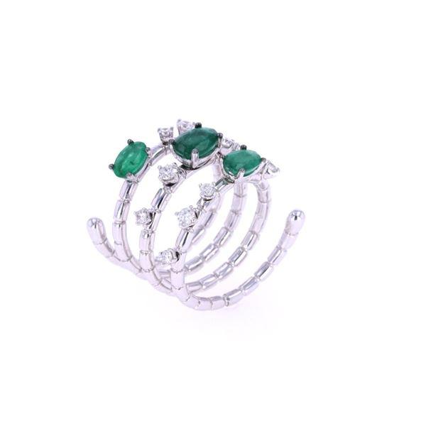 Emerald & Diamond 18k White Gold Spiral Ring