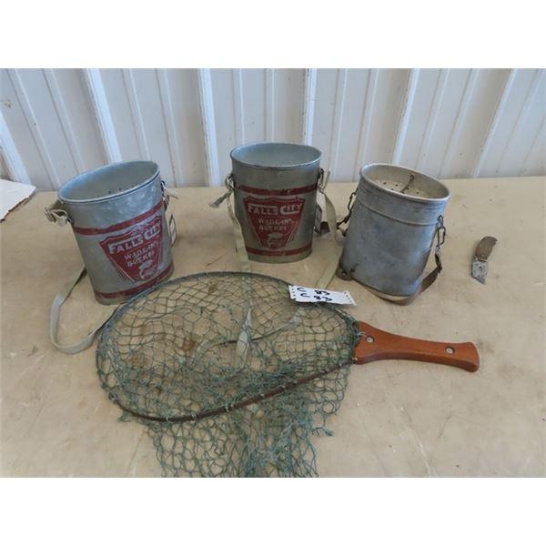 3 Galvanized Wade in Buckets & Old Fish Scoop Net
