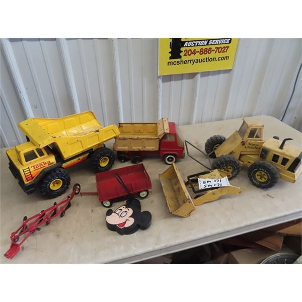 Toy Tonka Truck ,Loader, Metal Plow & Wagon