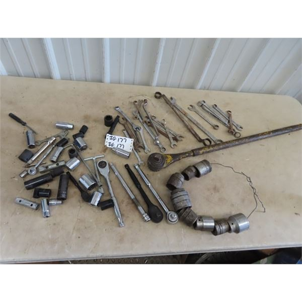"""(IG) Sockets, Ratchet, Ext 3/8"""" , 1/2""""  & 3/4"""" Plus Wrenches"""