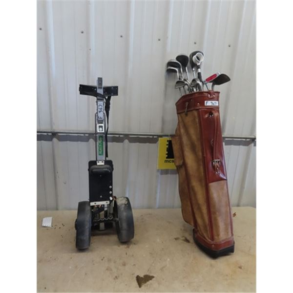 Set of Right Handed Golf Clubs- Spalding & Cart