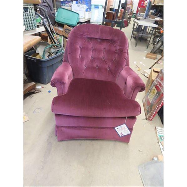 (F) Upholstered LR Swivel Chair