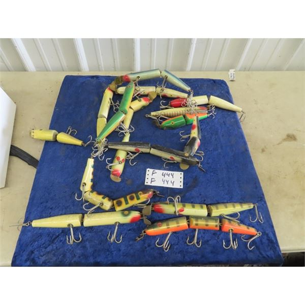 Approx 18 Lary E Fishing Lures