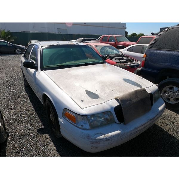 FORD CROWN VICTORIA 2006 T-DONATION
