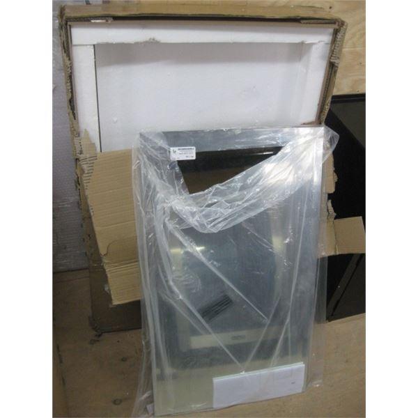 RENWIL 10000677162 20X34 FRAMLESS GLASS MIRROR