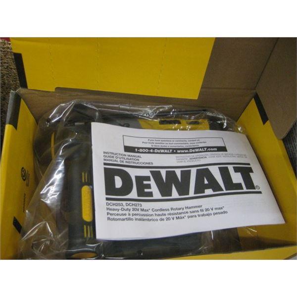 NEW DEWALT SCH273B 1 INCH SDS ROTARY HAMMER BARE TOOL ONLY