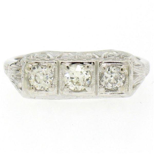 Antique Art Deco 18kt White Gold 0.55 ctw European Cut Diamond Filigree Ring