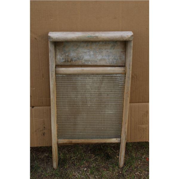 antique wash board