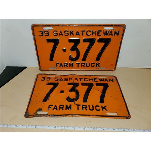 pair 1939 farm truck sask license plates