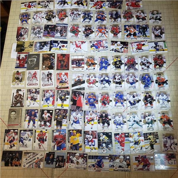 110+ Hockey Cards mostly modern 2000-current Cassie Campbell, Ovechkin, Mackkinnon