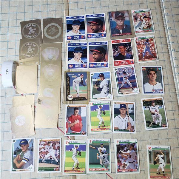32 Vtg Baseball card lot 10 team hologram, several rookies