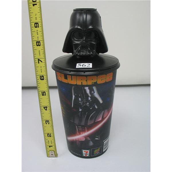 7-11 PLASTIC SLURPEE CUP - STAR WARS - DARTH VADER