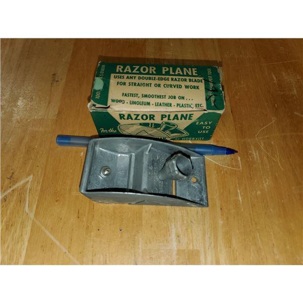 Antique razor plane in box
